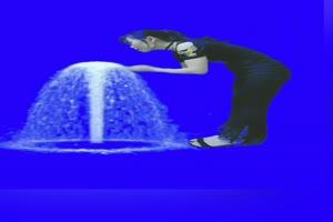 美女喷泉 跳舞 巧影抠像