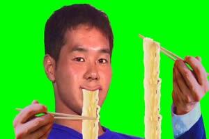 吃面条 恶搞  使用例 绿屏抠像素材手机特效图片