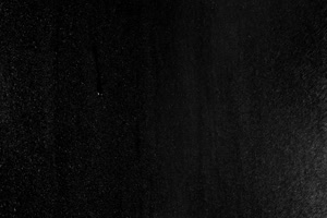 玻璃上的雨水珠5 黑幕叠加