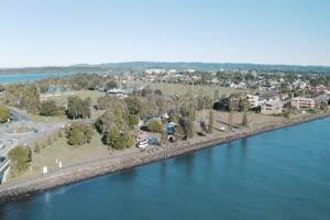 4K航拍 湖泊手机特效图片
